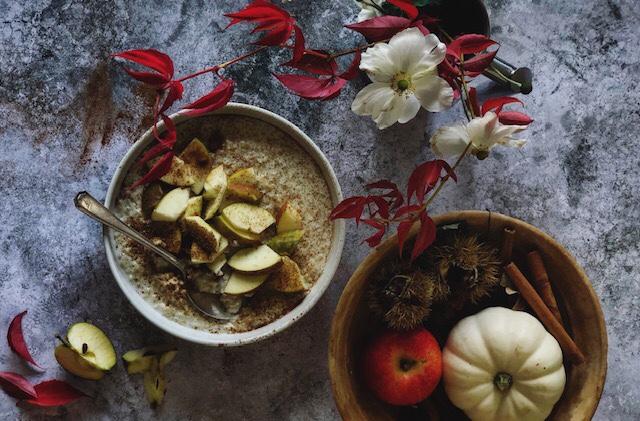 Porridge, recipe, cooking, baking, apples, cinnamon, lemon, lemon cheesecake, Belper, massage, aromatherapy, Derby, Derbyshire, essential oils,