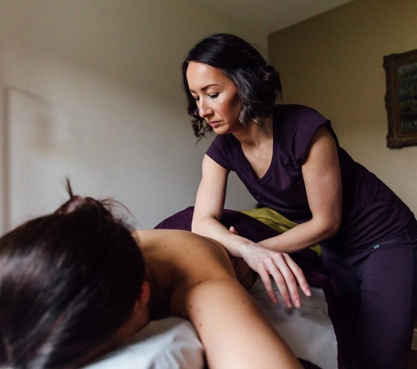 Aromatherapy, Aromatology, massage, essential oils, relax, relaxation, stress, soothe, deep tissue massage, Belper, Derbyshire